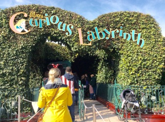 Walkthrough Alice's Curious Labyrinth